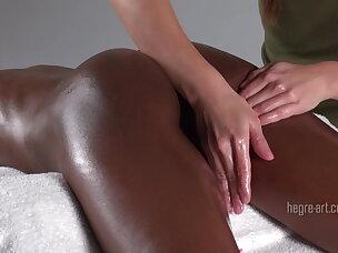 Triplo massaggio magico dell\'orgasmo